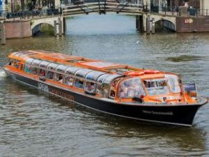 Amsterdam Canal Cruise Lovers
