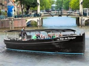 Open Boat Canal Tour Lovers Small Boats Cruise