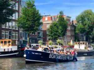 Boat Amsterdam Grachtenfahrt offene Schaluppe