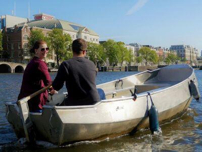 Boot mieten selbst fahren Grachten Amsterdam Boaty Bootsverleih und Boats4rent