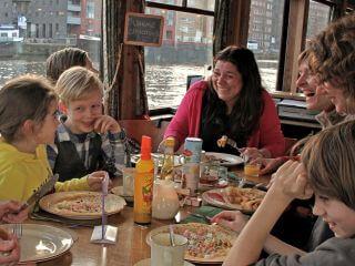 Pfannkuchenschiff Amsterdam günstige Hafenfahrt