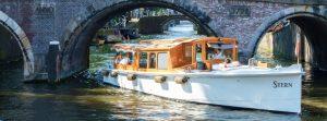 Private Grachtenfahrt Amsterdam im Salonboot